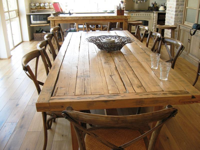 שונות שולחן עץ מלא :: שולחן עתיק :: ריהוט עתיק שולחן אוכל כפרי מעץ מלא GJ-25